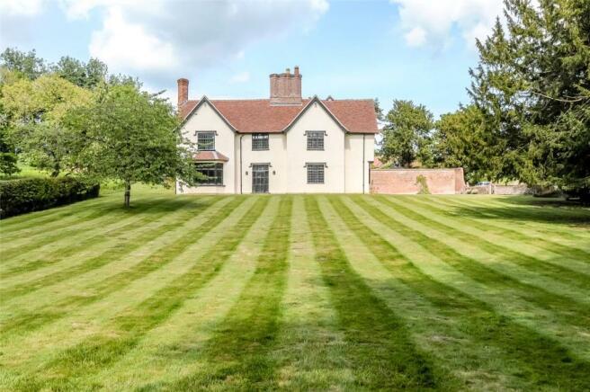 Lawn & Exterior