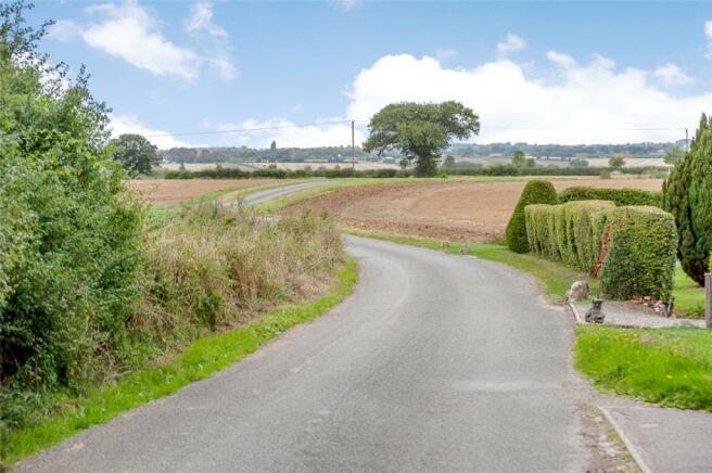 Mills Lane (West)