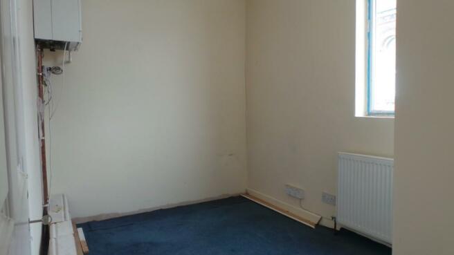 FIRST FLOOR ROOM 3