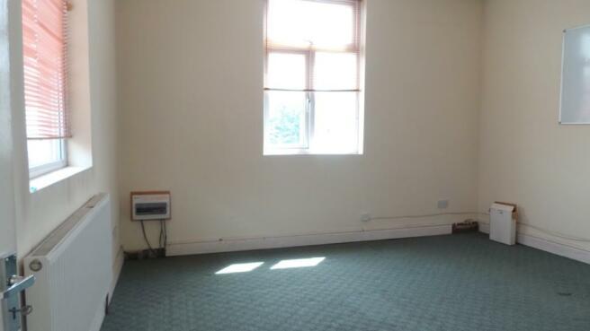 FIRST FLOOR ROOM1
