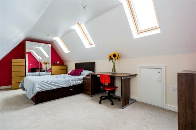 Bright Aspect Bed 2