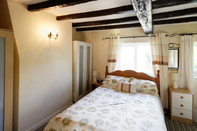 Briarmeade 21 - Master Bedroom.jpg