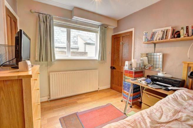 3 Bedroom End Of Terrace House For Sale In Park Road