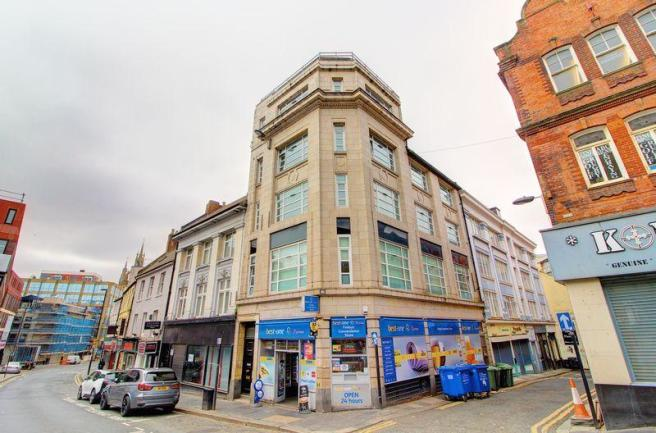 2 bedroom flat to rent in Marseille Chambers, Newcastle Upon Tyne, NE1