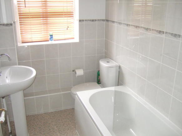 2 Bedroom Terraced House To Rent In Porthcawl Green