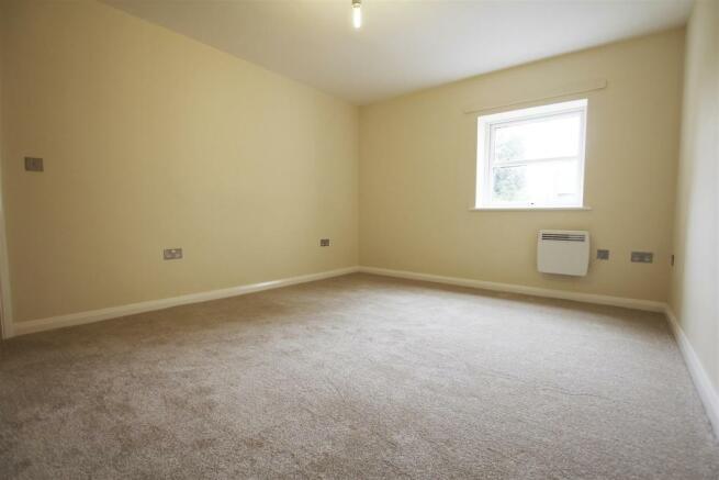 Bedroom2(1).jpg