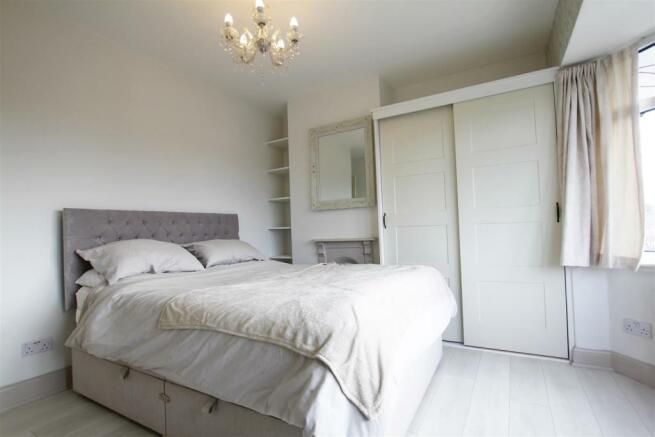 Bedroom1(2).jpg