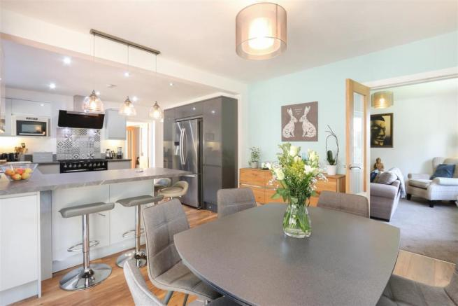 Kitchen Diner4.jpg
