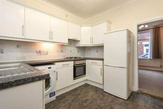 Kitchen2 (8).jpg