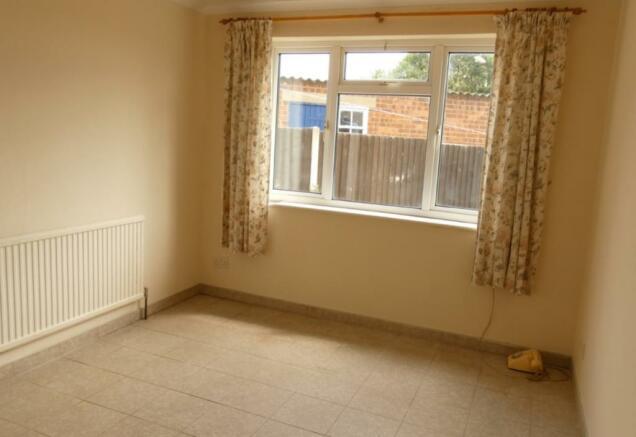 Annexe downstairs bedroom