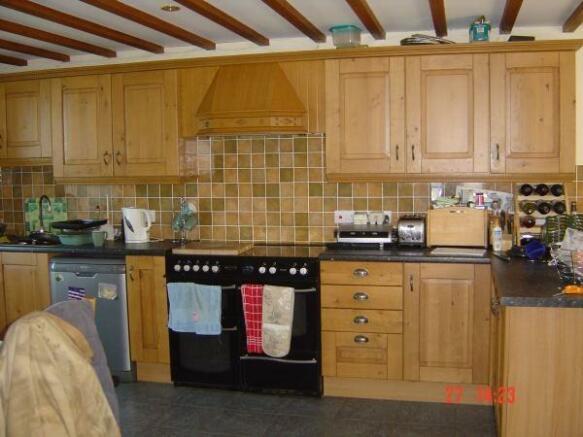 Tryal Bach Kitchen