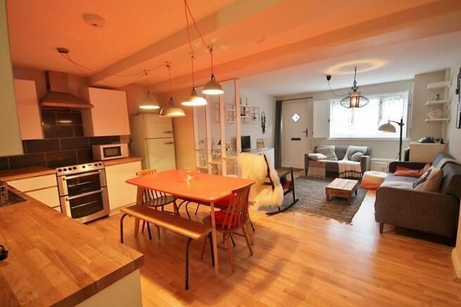Kitchen Lounge (683x1024).jpg