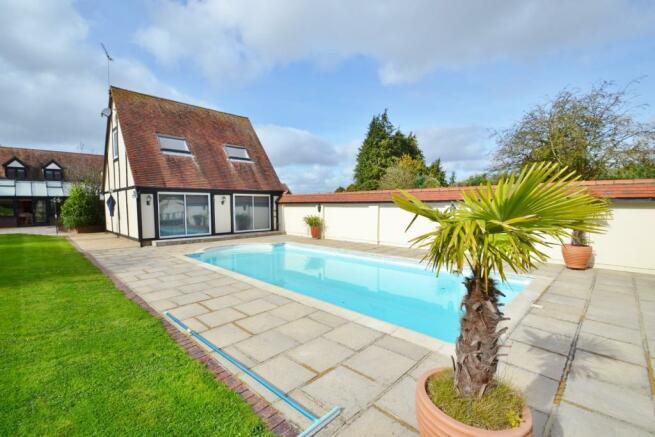 Cottage & Pool