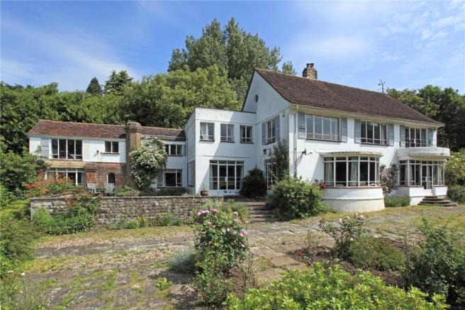 6 Bedroom Detached House For Sale In Castle Street Bletchingley