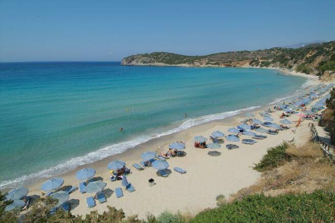 Nearby beach in Kalo Horio / Istron