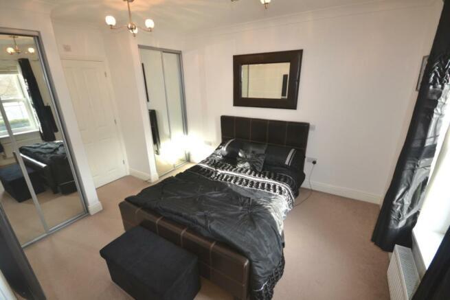 Master bedroom - Fir