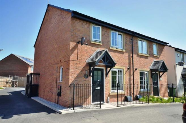 3 Bedroom Semi Detached House For Sale In Ackers Fold Leigh WN7