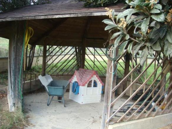 Covered Play/Sitting Area