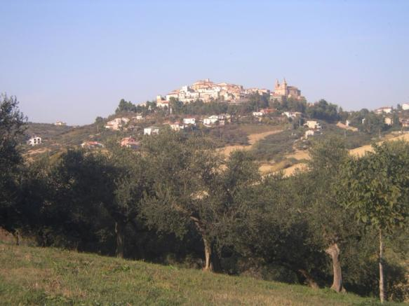 Collecorvino village