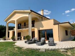 Photo of Abruzzo, Pescara, Castiglione A Casauria