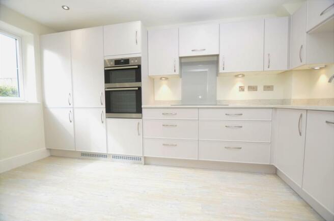 kitchen DSC_0006.jpg