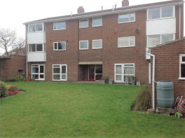 Photo of Golf Links Court, Tadcaster, North Yorkshire, LS24