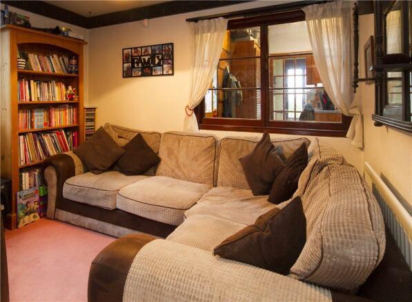 03 Sitting Room