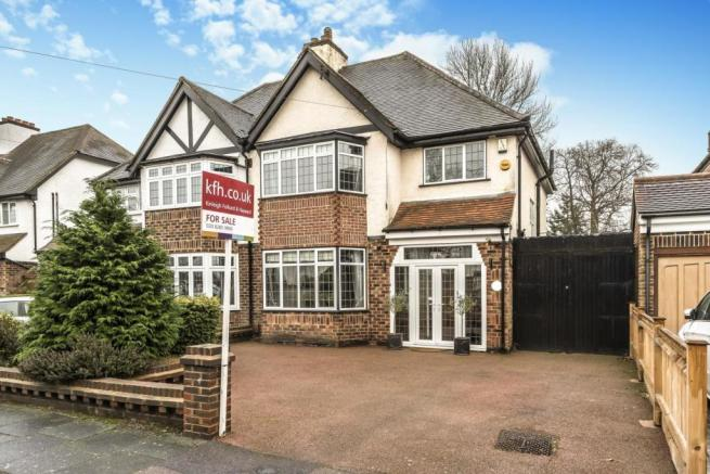 3 Bedroom Semi Detached House For Sale In Wood Ride Petts Wood Br5