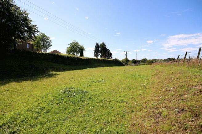 Private Field (2)