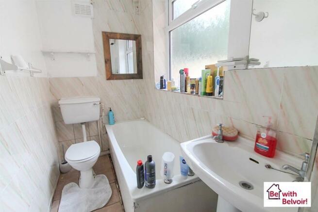 Wood Lane, Bushbury - Bathroom.jpg