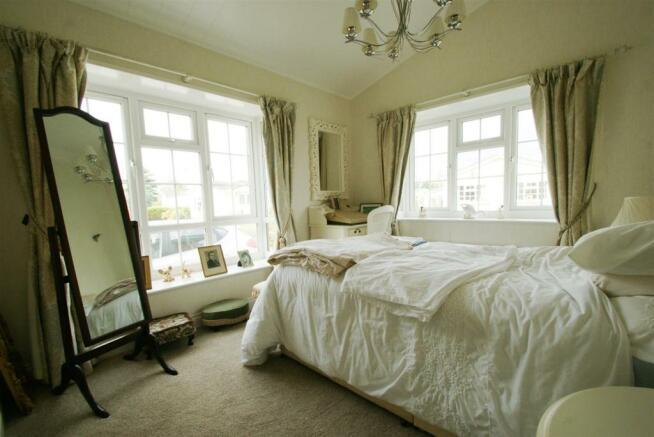 bedroom 1 #1.JPG