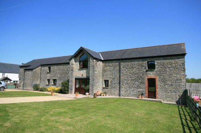 4 Bedroom Barn Conversion For Sale In Istwyn Barn Lon Cwrt Ynyston Leckwith Nr Cardiff Vale Of Glamorgan Cf11 8dr Cf11