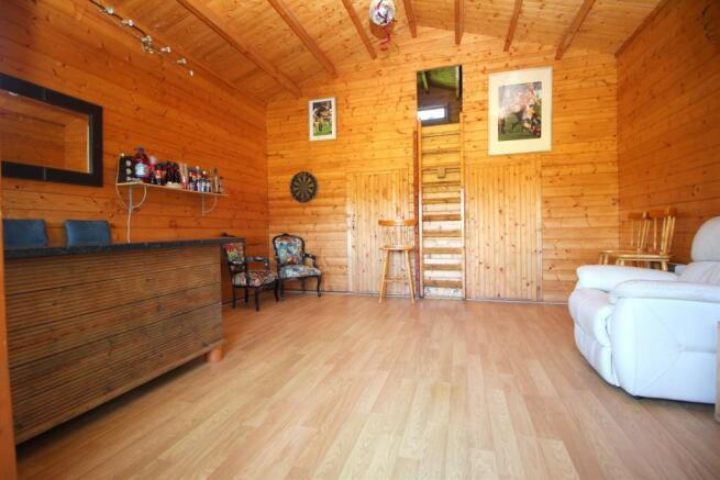 Log Cabin Internal