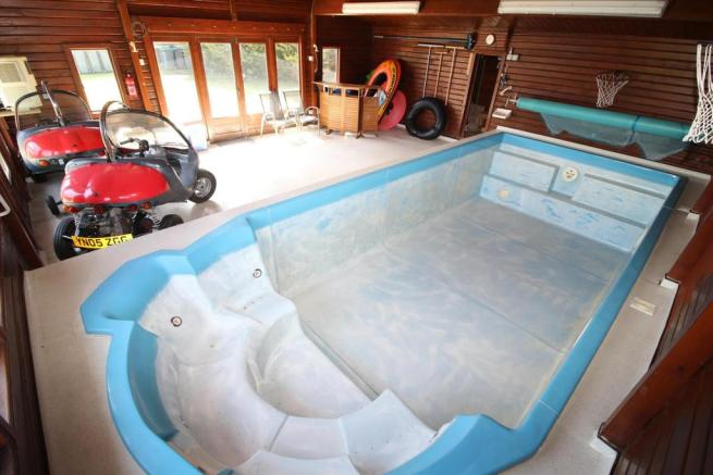 Swimming Pool and Sa