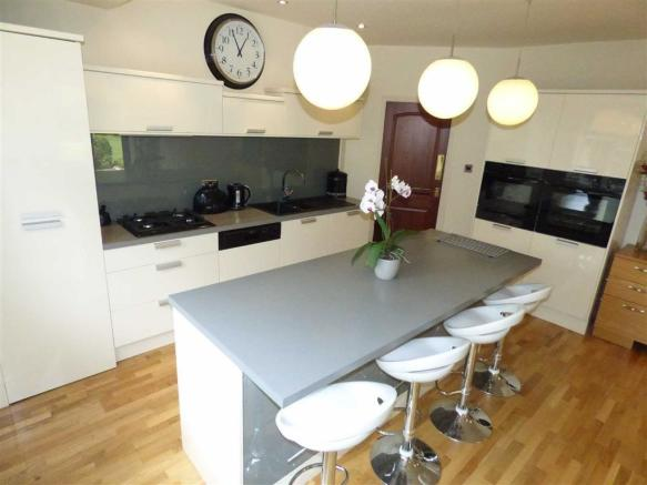 Open Plan Kitchen/Fa
