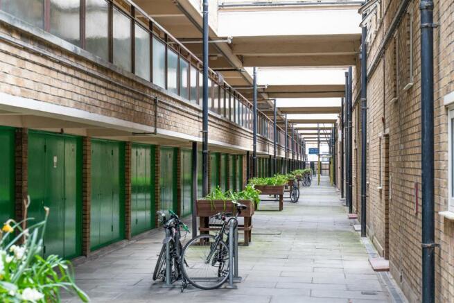 35 Kedleston Walk, Bethnal Green, London, E29RP_2.