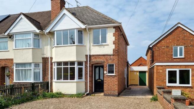 2, Moorlands Avenue, Kenilworth, Warwickshire, CV8