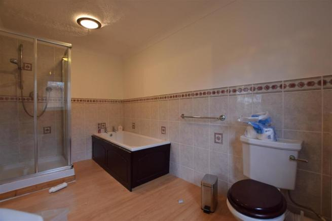 En-Suite Bath/Shower Room/WC