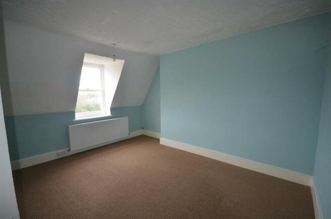 rear bedroom.jpg