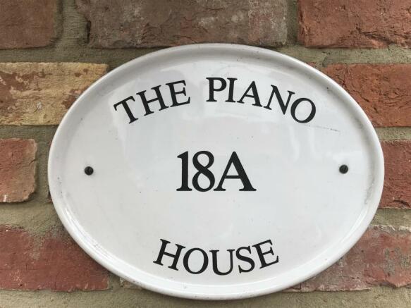 piano house.jpg
