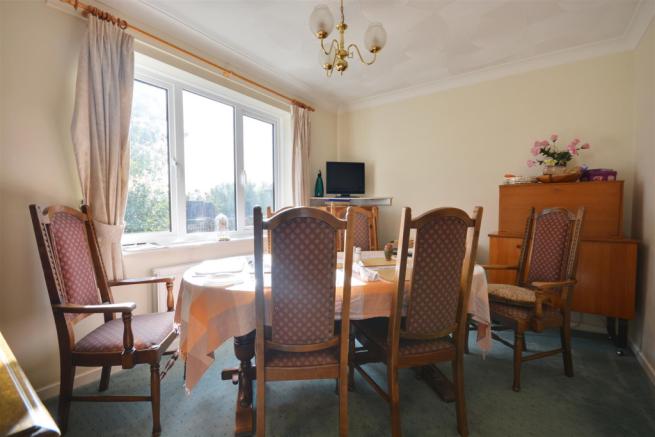 37fletcher dining room.png