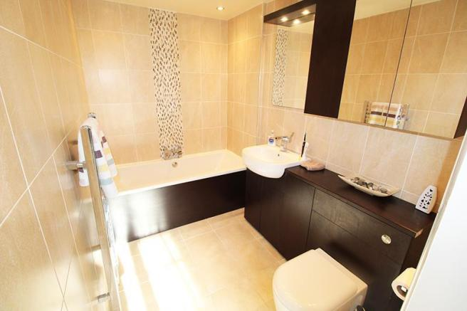 Ensuite Bath Room