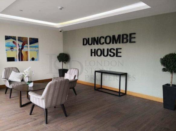 Duncombe - Entrance