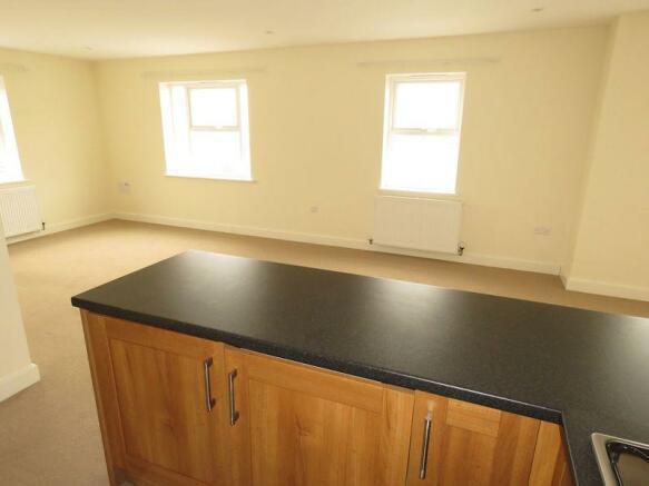 Kitchen/ Loung...