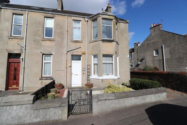2 bedroom ground floor flat for sale in The Birches, Maitland Street