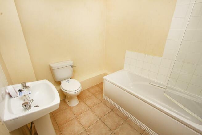 Bathroom - 8' X 7'