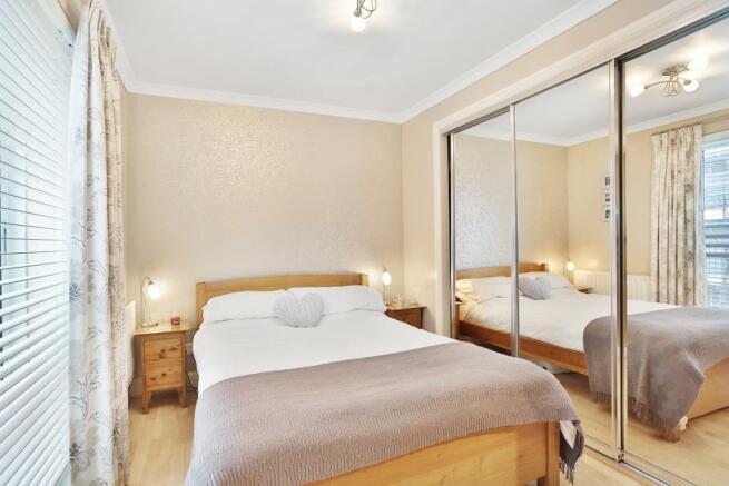Bedroom (2)_high