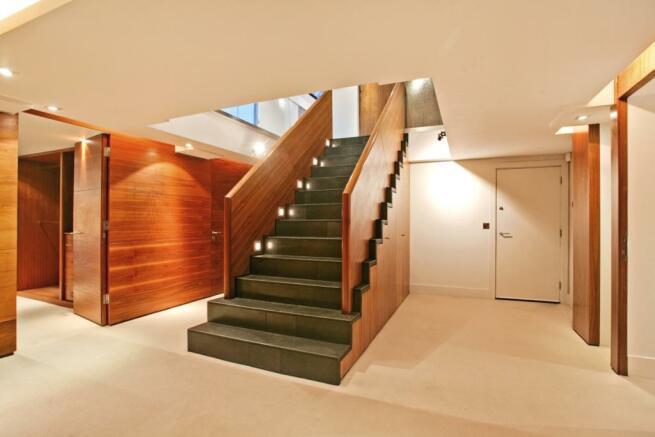 Hallway_low