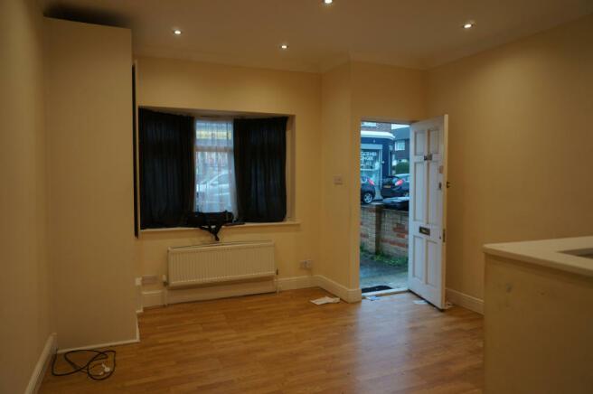 1 Bedroom Ground Floor Flat
