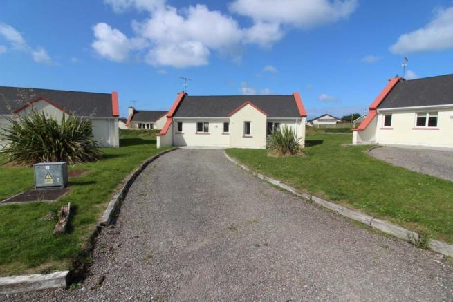 3 bedroom detached bungalow for sale in 14 sand dune cottages banna tralee county kerry ireland for Tralee swimming pool timetable
